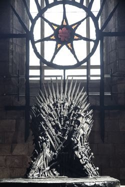 "Deviant phrase- ""Iron throne"" and several other Game of Thrones references are included in this article to compare the families in the book/show to the Bushes."
