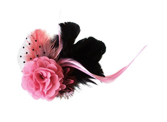 """Headpieces & Fascinators - Malve mauve schwarz """"comes love"""" Fascinator Federn - ein Designerstück von billies bei DaWanda"""