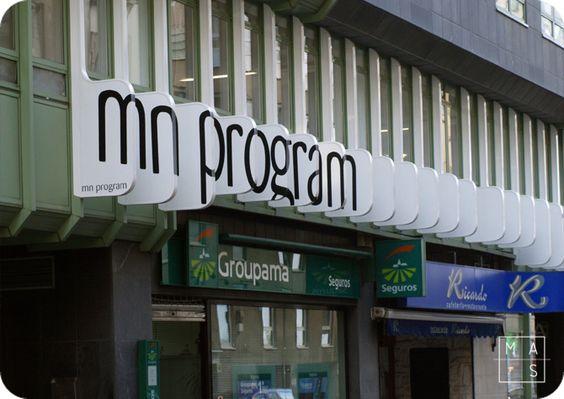 Identidad corporativa para mn program por mas · arquitectura en Coruña. Señalética, design, diseño, oficinas, office, imagen de marca, branding.