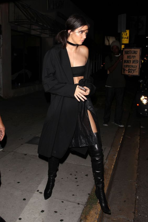 July 31 2016 Leaving The Nice Guy In West Kendall Nicole Jenner Fashion Style K E N D A
