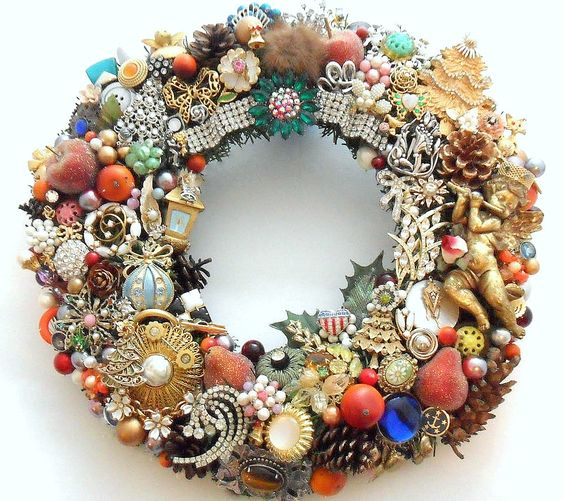 Vintage Jewelry   ... Holiday Wreath Loaded with Vintage Jewelry, Rhinestones, Buttons