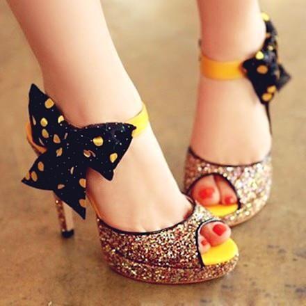 black bow and yellow polka dots