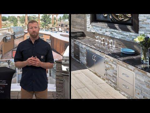 Blaze Bbq Island With 32 Inch 4 Burner Natural Gas Grill Power Burner Bbqguys Bbq Island Outdoor Kitchen Kits Propane Gas Grill