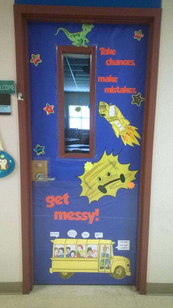 Elementary Science Doors : Magic school bus door meet the teacher beginning of