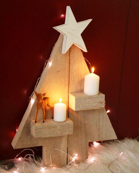 Albero di Natale in legno di recupero