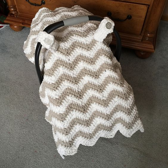 Knitted Car Seat Blanket Pattern : Car seats, Ravelry and Crochet on Pinterest