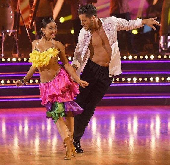 Week 6 dancing with the stars 2014 janel and val dating. yoon eun hye top dating questions.