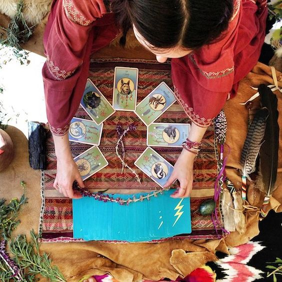 ANIMAL TOTEM READING CEREMONY with @houseofthestandingmoon We are in pure gratitude to have @houseofthestandingmoon, ✨Jane Anne Thomas✨ joining us for the third year in a row! #spiritweaversgathering