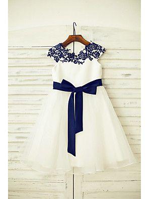 2dc4ae19c0280 Je veux trouver un joli robe de qualité pour ma fille ou pour offrir pas  cher ICI Robe fille bleu roi
