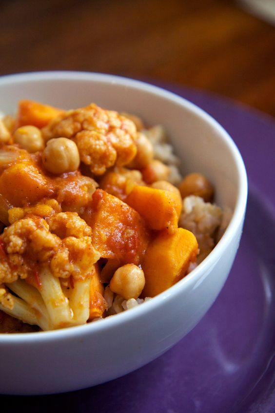 Slow Cooker Chickpea Coconut Curry — Under 400 Calories!   POPSUGAR Fitness UK