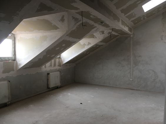 Вид на большую комнату