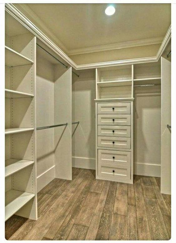 Small Built In U Shaped Closet Closet Remodel Closet Layout