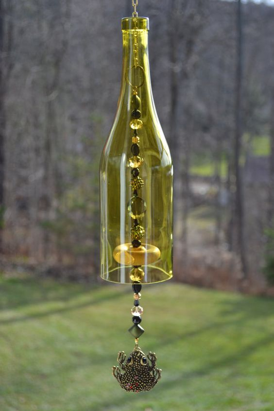Frog wind chime wine bottle wind chime wine bottle and for Glass bottle wind chimes