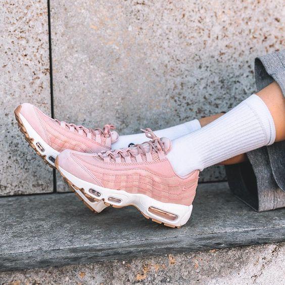 sneakers women nike air max 95 premium pink overkillwomen s h o e s pinterest. Black Bedroom Furniture Sets. Home Design Ideas