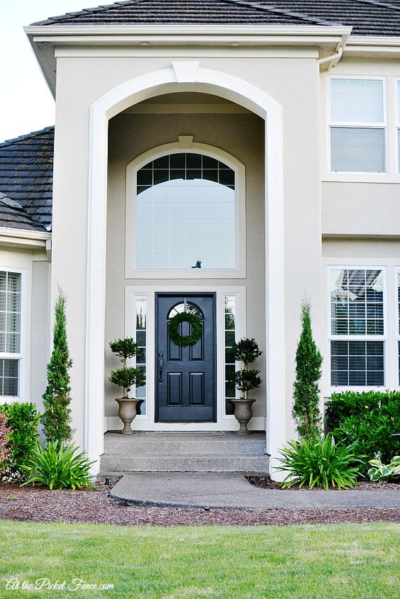 Stucco exterior paint colours and olives on pinterest - Exterior white trim paint pict ...