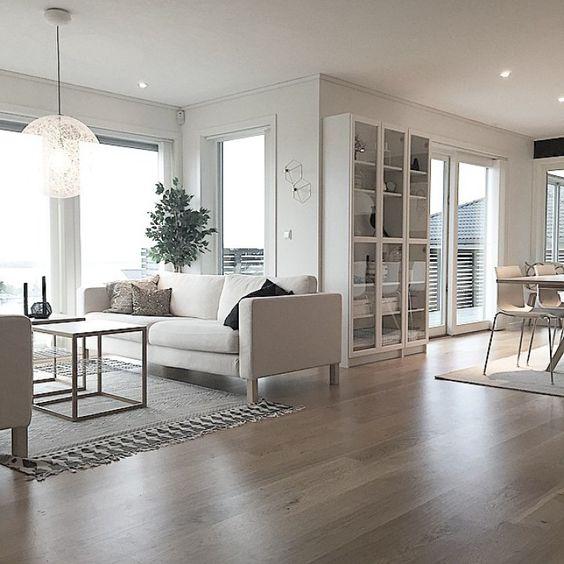 Post: Casa noruega con vistas a los fiordos ---> blog decoracion interiores, casa nórdica, casa noruega, decoración en blanco, decoración negro, estilo nórdico, pared negra, vistas fiordos:
