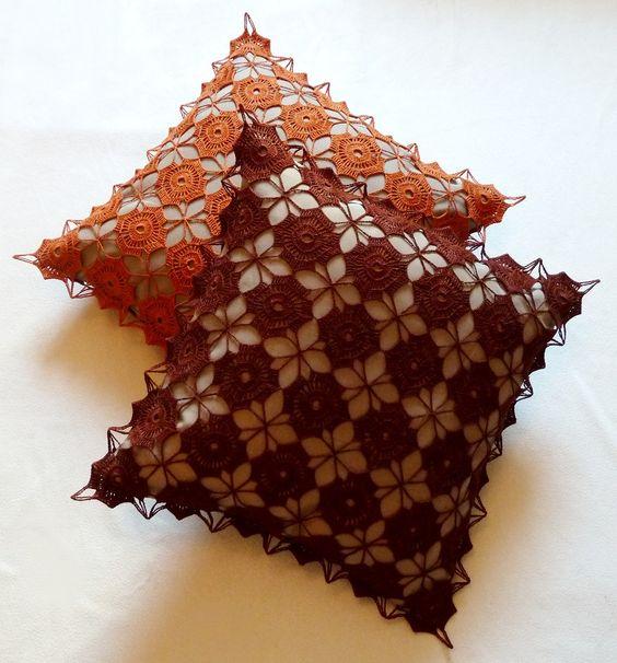 Manufaktura Rękodzieła - Laamar Poszewka na poduszkę zrobiona ręcznie na szydełku. Crochet pillowcase