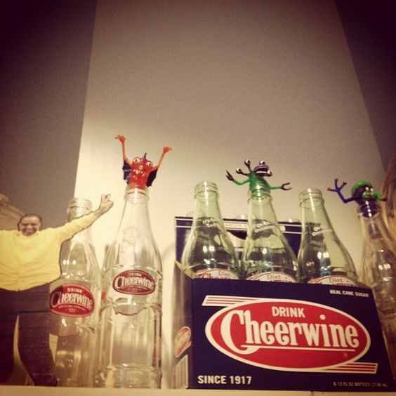 #flatkojo's learning about Carolina culture in Charlotte already. Learn more about Cheerwine on Food Wednesday this week. #dnc2012