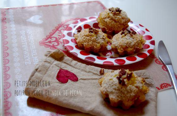 Petits moelleux potiron, coco et noix de pécan. La recette ici : http://journalduneame.fr/petits-moelleux-potiron-coco-et-noix-de-pecan/