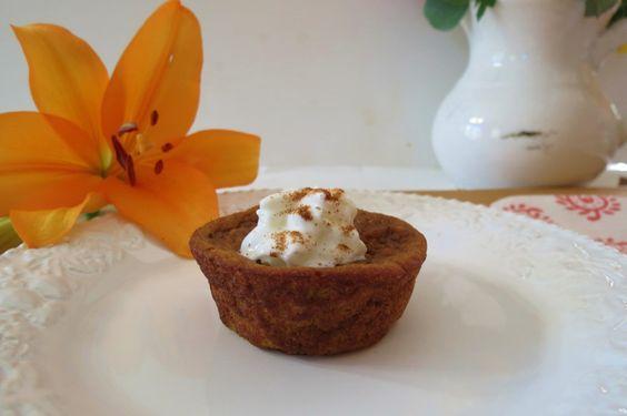 Pumpkin Pie Muffins - A creamy moist muffin that tastes like pumpkin pie without the crust
