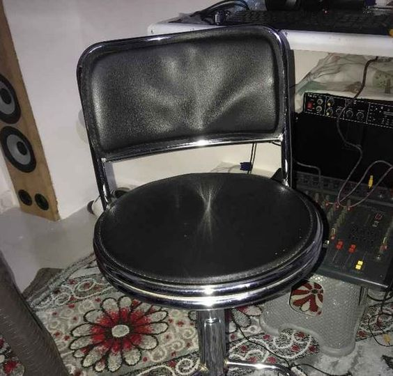 Chaise Chaise Toute Neuve Vendre Kebetu Dakar Senegal Chaise A Vendre