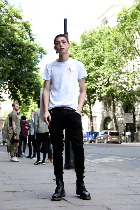 ストリートスナップロンドン - Claude Morganさん白Tシャツ海外メンズコーデ