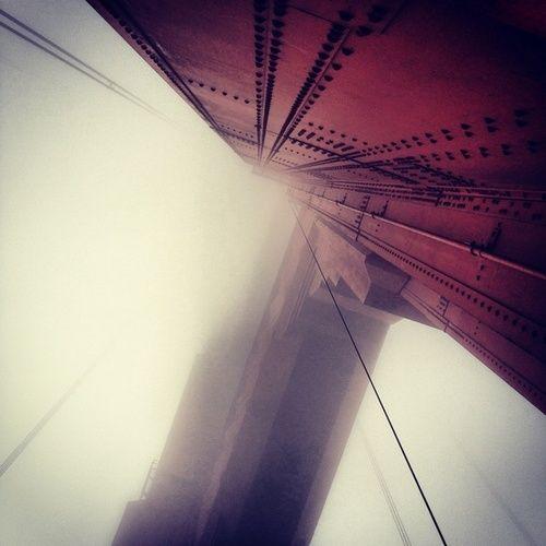 aunque no lo veamos, el puente siempre está.