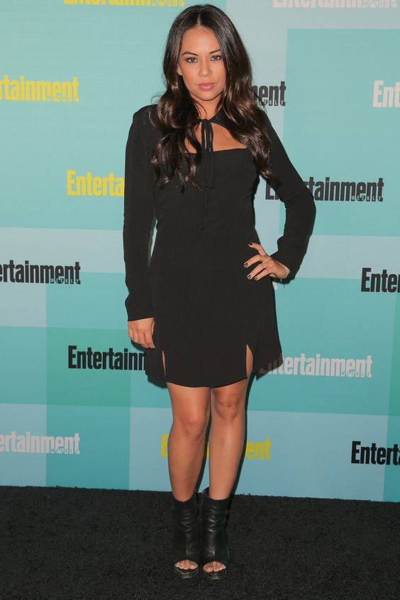 Janel Parrish à Comic-Con 2015