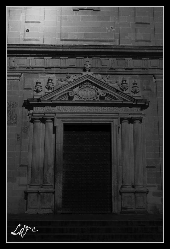 Puerta del Sagrario..