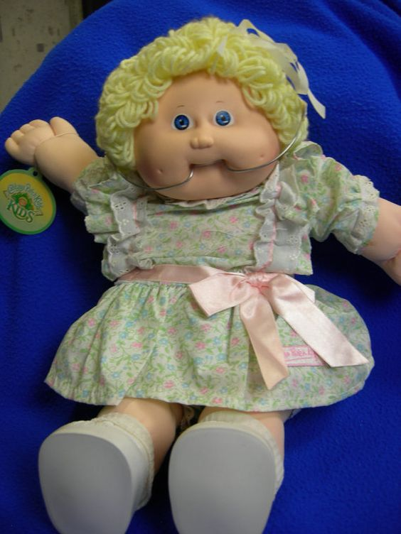 vintage cabbage patch doll with braces beautiful vintage and cabbages. Black Bedroom Furniture Sets. Home Design Ideas