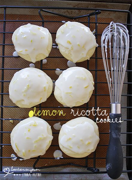 Hearts in My Oven: Lemon Ricotta Cookies