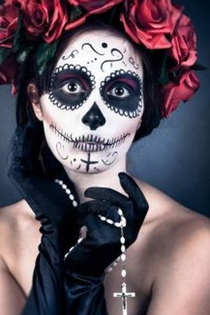 santa muerte google and recherche on pinterest. Black Bedroom Furniture Sets. Home Design Ideas