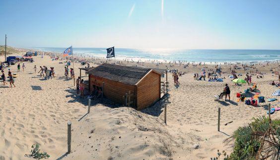 La plage est à seulement quelques mètres au Camping le Vieux Port *****, à Messanges http://bougerenfamille.com/camping-a-messanges/