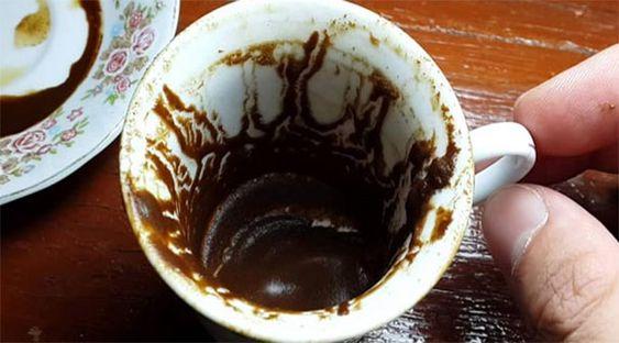 Kahve Panosundaki Pin