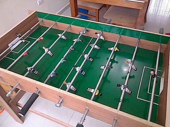 Mesa de futbolito o metegol ideas pinterest mesas for Mesa futbolito