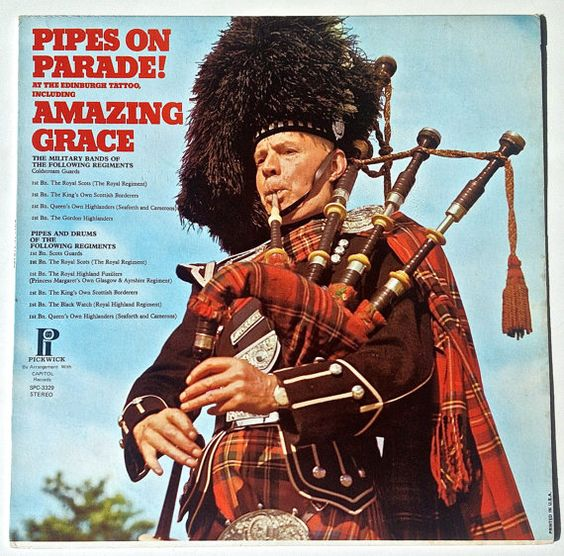 Pipes and Drums from the Edinburgh Military Tattoo - Pipes On Parade! LP Vinyl Record Album, Pickwick - SPC-3329, 1972, Original Pressing