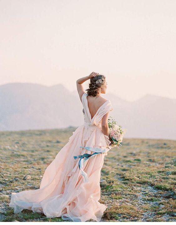 Kostbare Momente in den Bergen Colorados - Inspirationsshoot von Jennifer Blair Photography - Hochzeitsguide