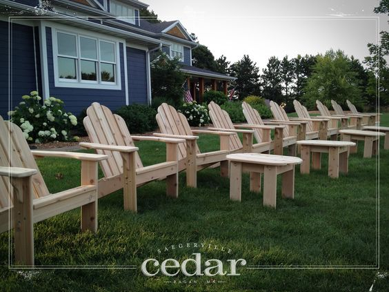 Sedie adirondack ~ Need adirondack chairs and a handful of side tables let me