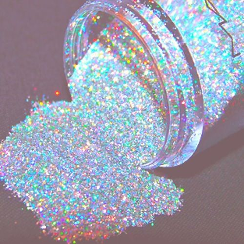 I thought about beautiful glitter when thinking if this play.