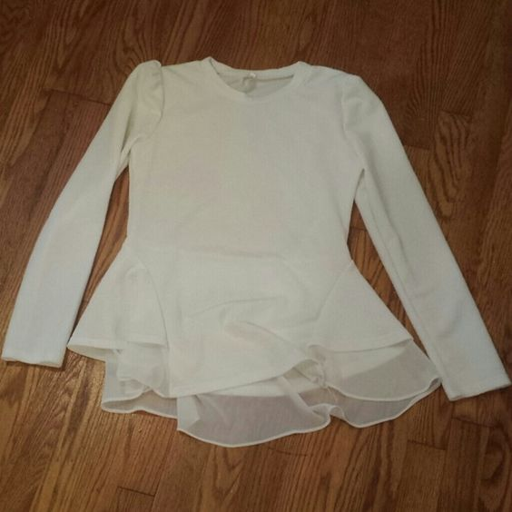 White Dressy Blouse Ordered it from China. They said it was an XL, but it fits like a Medium. Never worn. Tops Blouses