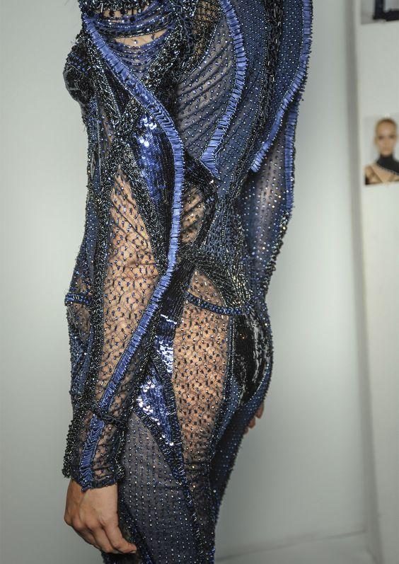 Details: Atelier Versace, Fall/Winter 2013.
