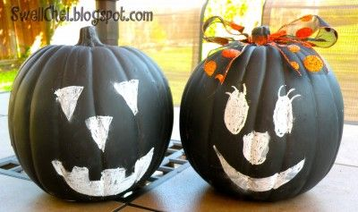 chalkboard pumpkins