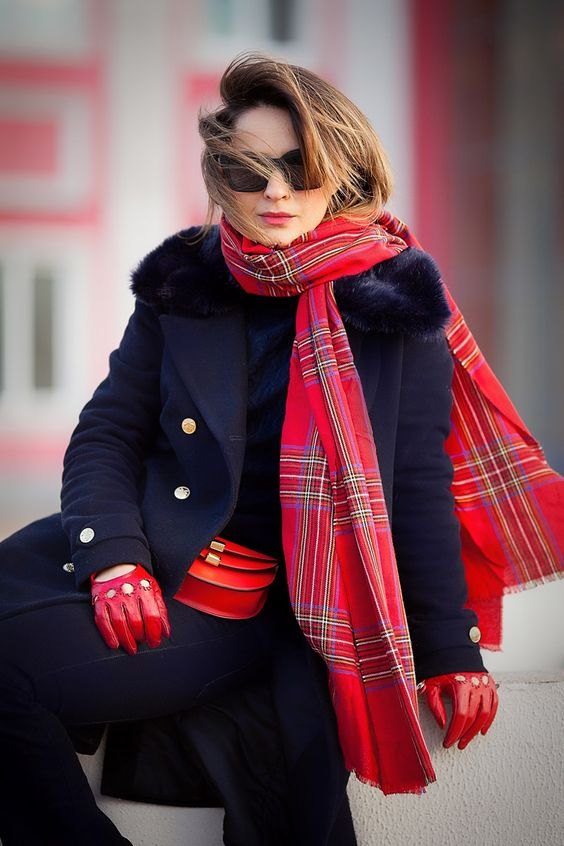 plaid-scarf-navy-coat-outfit