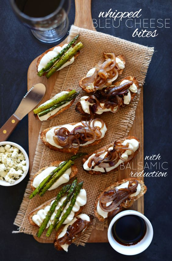 blue cheese salad fig and blue cheese bites tartines with blue cheese ...