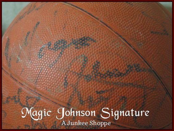 AUTOGRAPHED Basketball Star Signed Through The Decades Not Authenticated Magic Johnson 956  http://ajunkeeshoppe.blogspot.com/