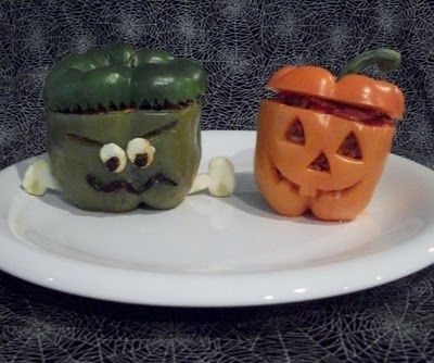 Totally cute for Halloween dinner!  These pepper jack-o-lanterns are too cute!