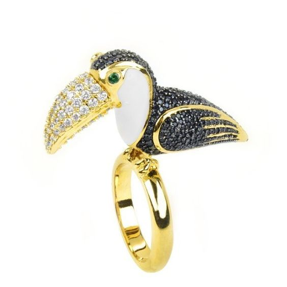 nOir Santos Ring ($210) ❤ liked on Polyvore featuring jewelry, rings, gold, noir jewelry, noir ring, 18 karat gold ring, 18 karat gold jewelry and 18k jewelry