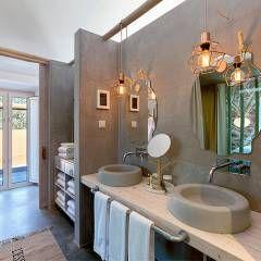 Luz Charming Houses _ Boutique Hotel: Casas de banho translation missing: pt.style.casas-de-banho.campestre por SegmentoPonto4