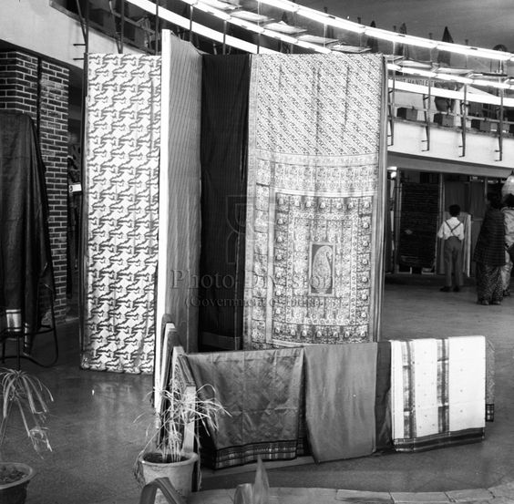 On 7 August 1905 a resolution was passed to boycott British made goods, which marked the beginning of the Swadeshi movement. The day is now National Handloom Day. Pics: All India Handloom Board's...