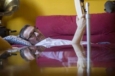 """Luisgé Martín: """"Me arrepiento de haber sido homófobo"""". El escritor firma una descarnada confesión sobre el tortuoso camino que recorrió hasta aceptar su homosexualidad. Maribel Marín   El País, 2016-09-19 http://cultura.elpais.com/cultura/2016/09/15/babelia/1473935723_563854.html"""